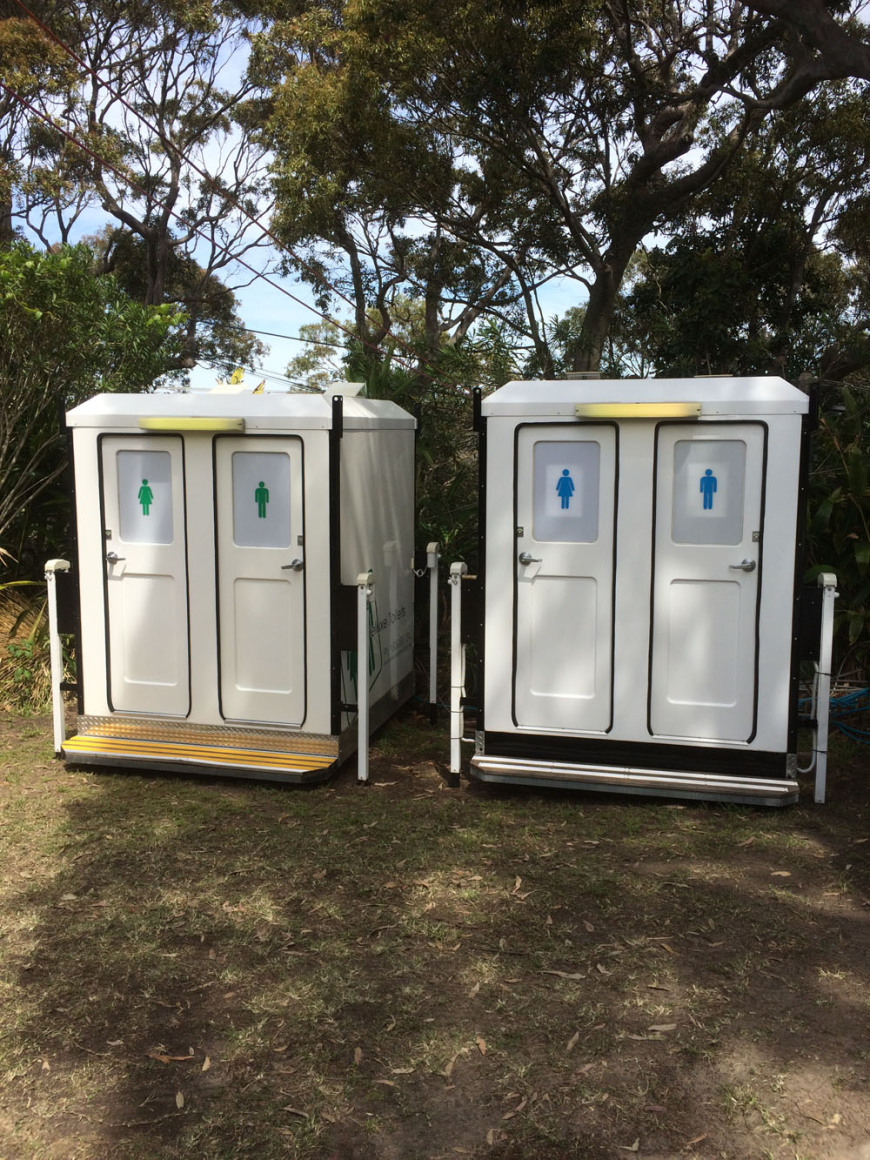 Dual Deluxe Toilets set up at Whale Beach for a Wedding.